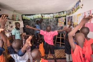 20150318_uganda-outreach-house_0003
