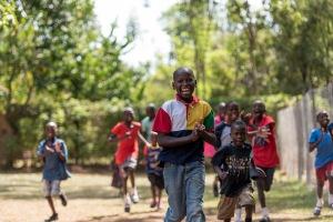 20150318_uganda-outreach-house_0357