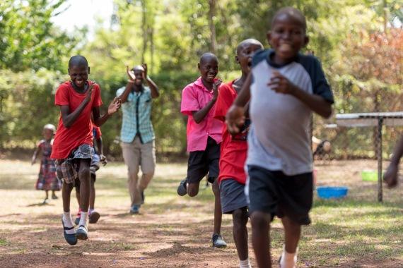 20150318_uganda-outreach-house_0358